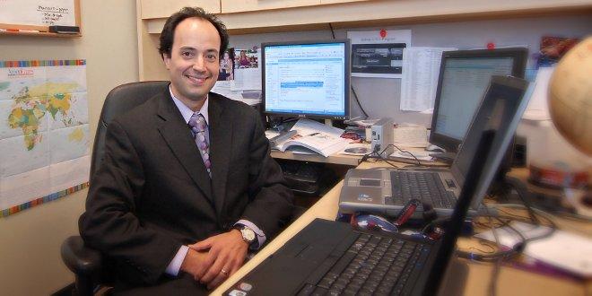 former CCTST KL2 Scholar Alberto Espay, MD